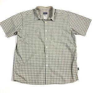 Patagonia Plaid Short Sleeve Button Shirt Size XL